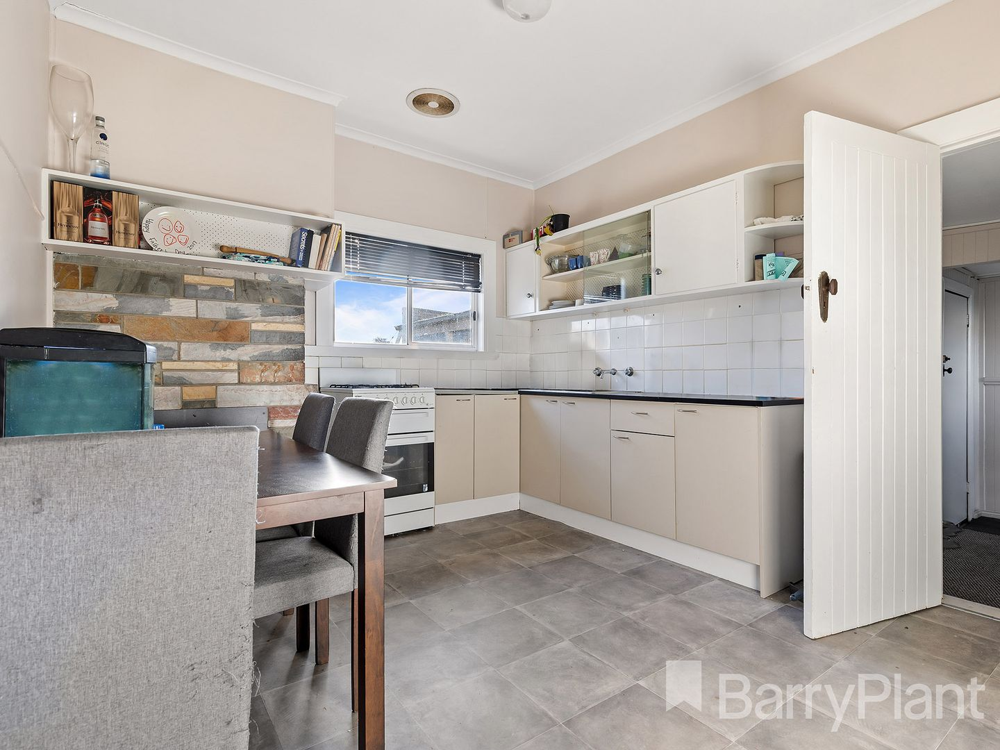 724 Gregory  Street, Soldiers Hill VIC 3350, Image 2