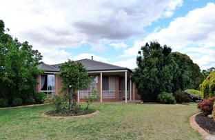 Picture of 1 Dunvarleigh Crescent, Griffith NSW 2680