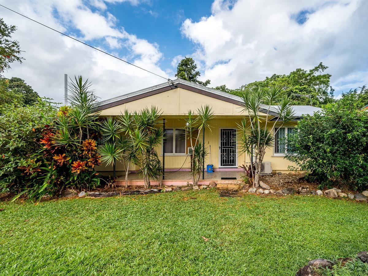 25 Miles Street, Manoora QLD 4870, Image 0