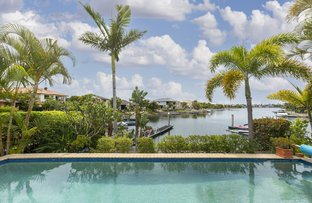 Picture of 30 Calmwater Crescent, Helensvale QLD 4212