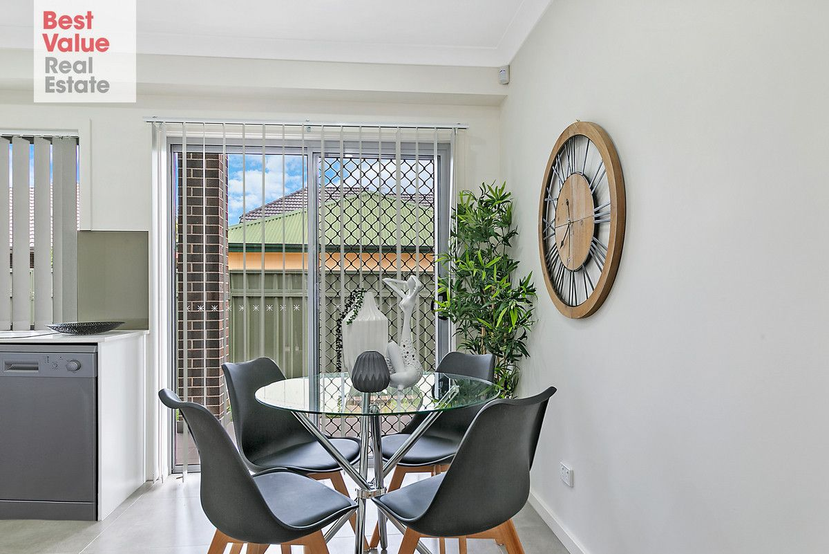 2/89A Adelaide Street, Oxley Park NSW 2760, Image 2