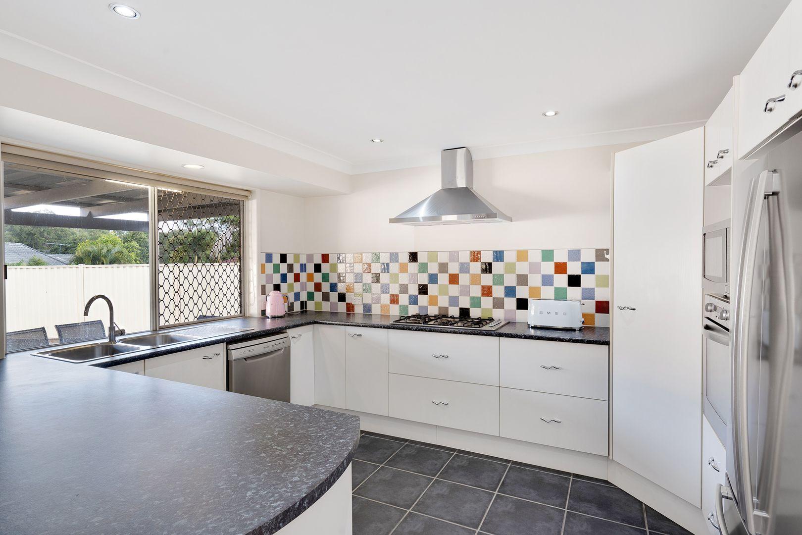 7 Kingfisher Close, Runcorn QLD 4113, Image 1