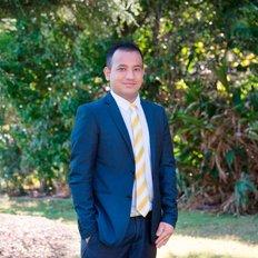 Niman Kayastha, Sales- Associate