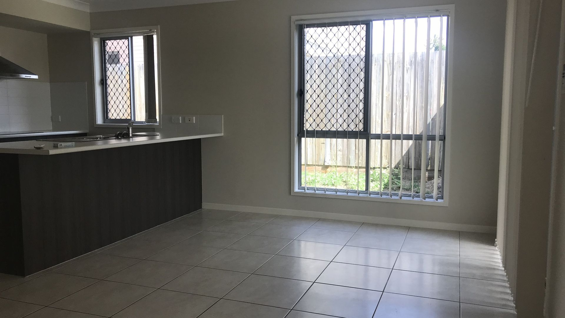 2/54 Sanctuary Parkway, Waterford QLD 4133, Image 2