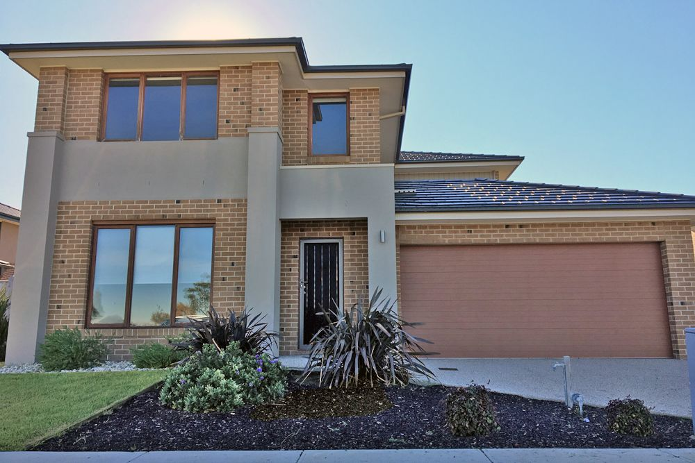 21 Beachside Cres, Point Cook VIC 3030, Image 0