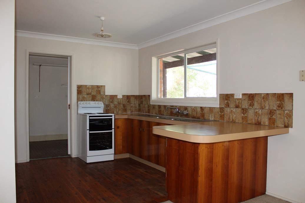 6 Heber Street, Bingara NSW 2404, Image 2