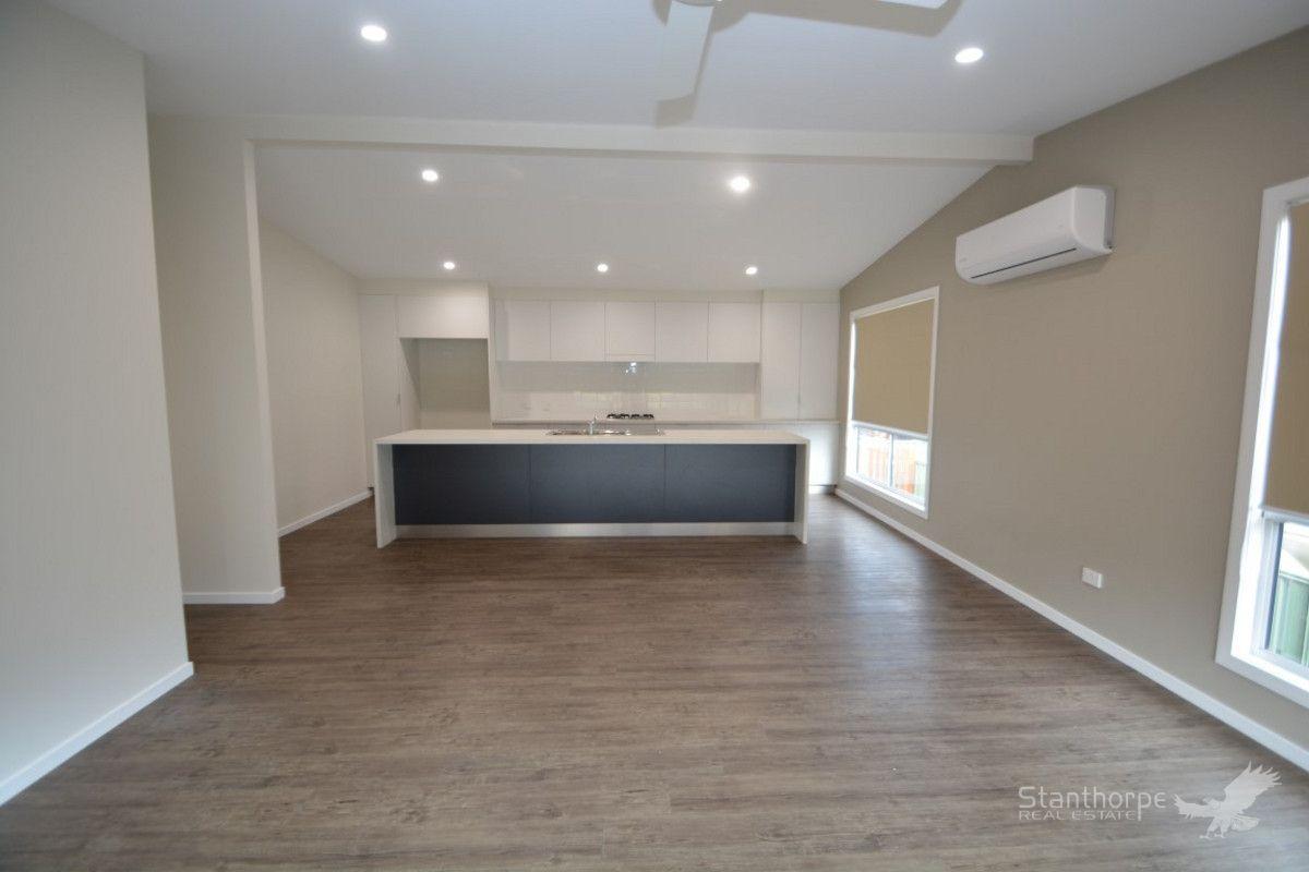 Villa 3 / 24 Granite Street, Stanthorpe QLD 4380, Image 2
