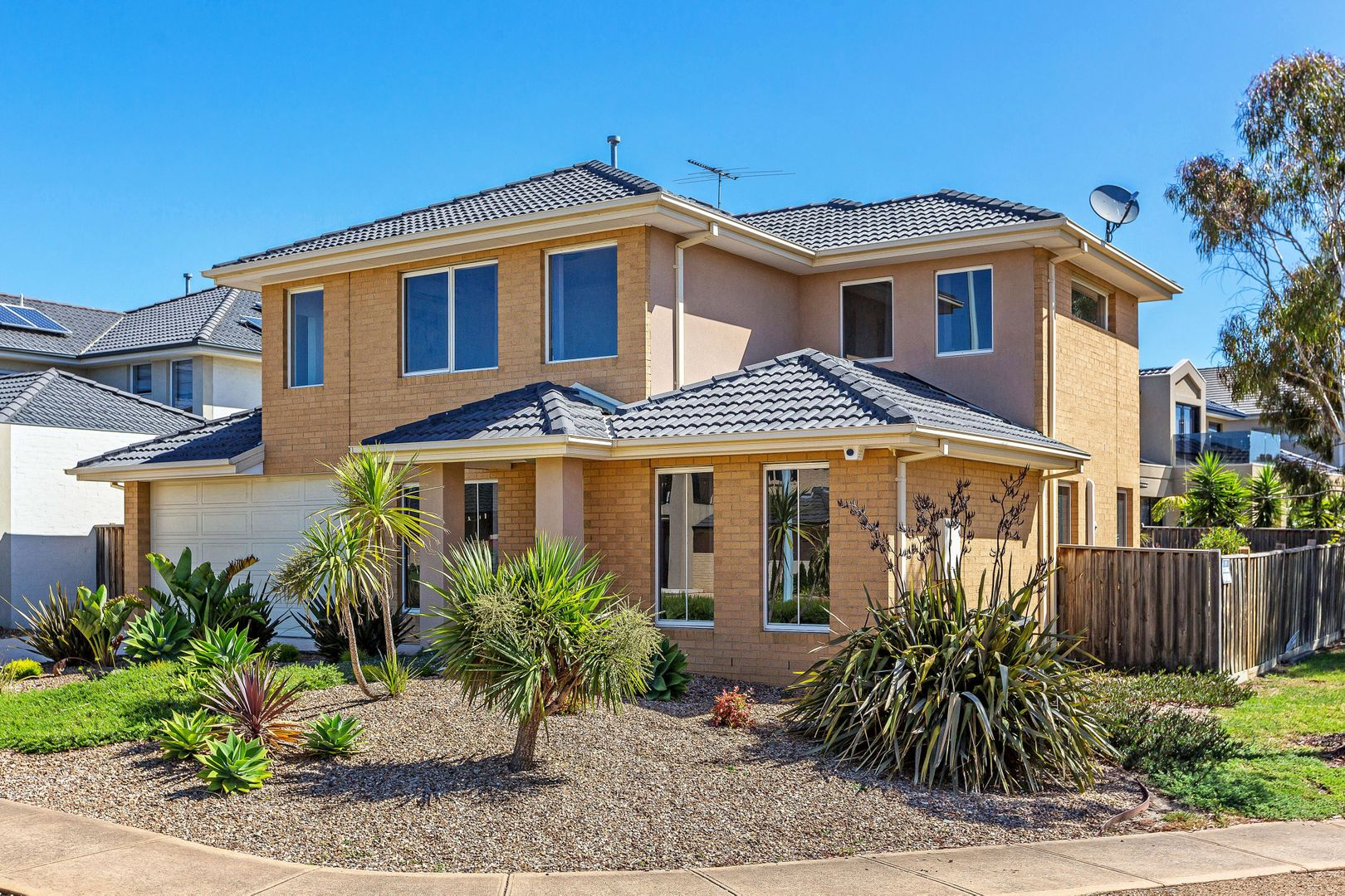 20 The Esplanade, Sanctuary Lakes VIC 3030, Image 1