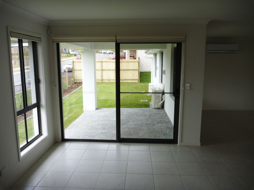 104 Grand Terrace, Waterford QLD 4133, Image 2