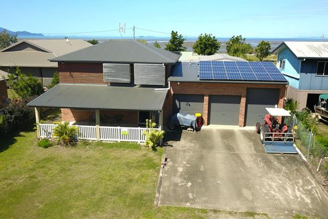 Picture of 24 Ti Tree Avenue, CONWAY BEACH QLD 4800