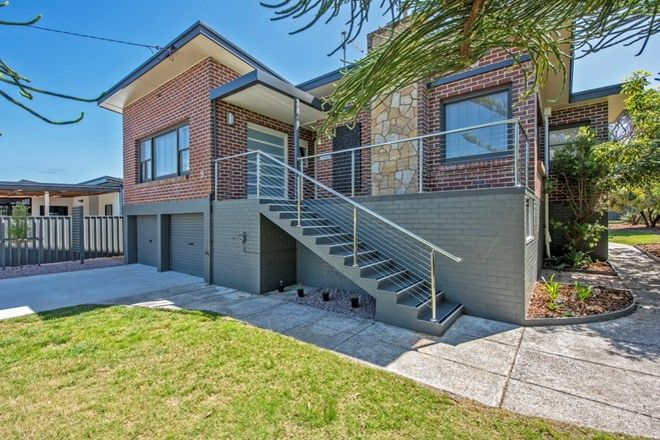 Picture of 8 Boyes Street, TURNERS BEACH TAS 7315
