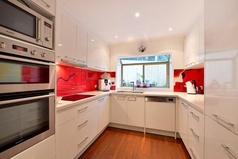 3/4 County Close, WHEELERS HILL VIC 3150, Image 2