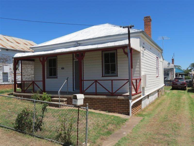 11 Poole Street, Werris Creek NSW 2341