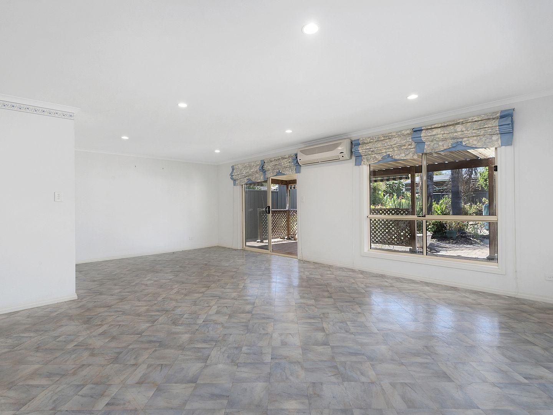 26 Macquarie Avenue, Hillcrest SA 5086, Image 2