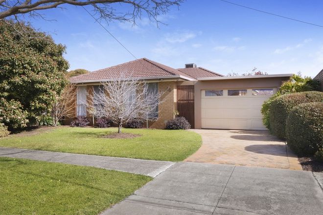 Picture of 16 Woodville Park Drive, HOPPERS CROSSING VIC 3029