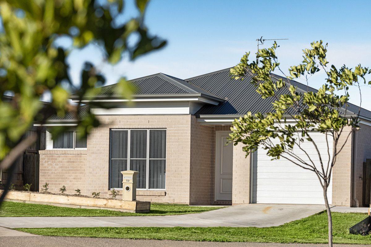 52 Alistair Street, Glenvale QLD 4350, Image 0