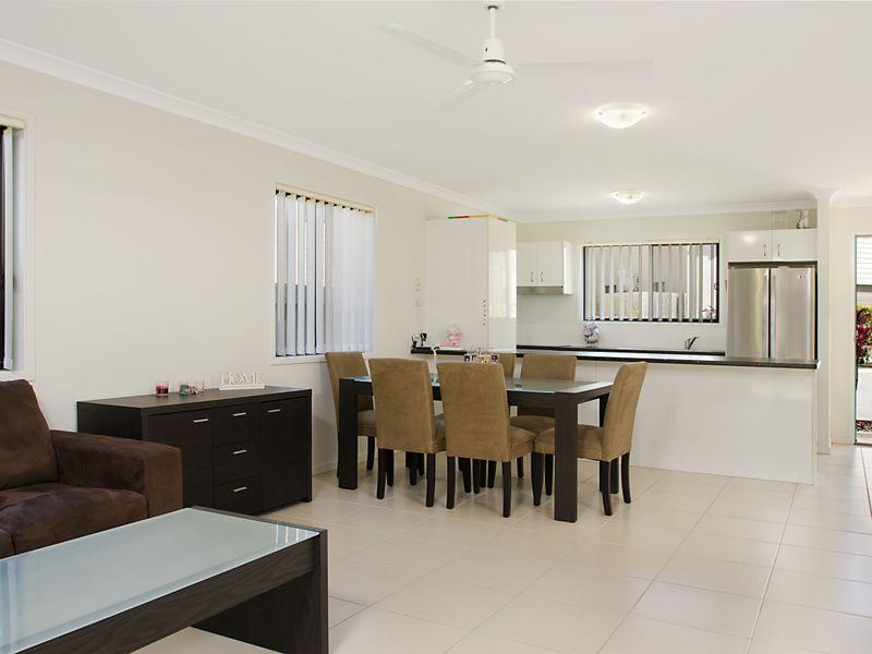 6/22 Coastal Avenue, Beerwah QLD 4519, Image 2