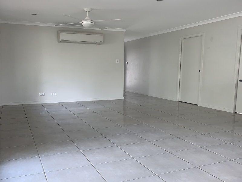 3/11 Spruce Street, Loganlea QLD 4131, Image 0