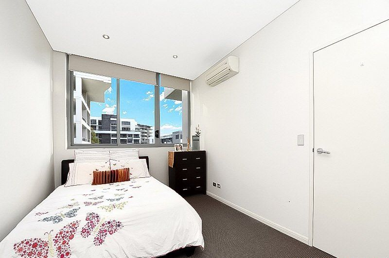 816/6 Marquet Street, Rhodes NSW 2138, Image 2