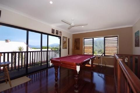 16 Lookout Terrace, Trinity Beach QLD 4879, Image 2