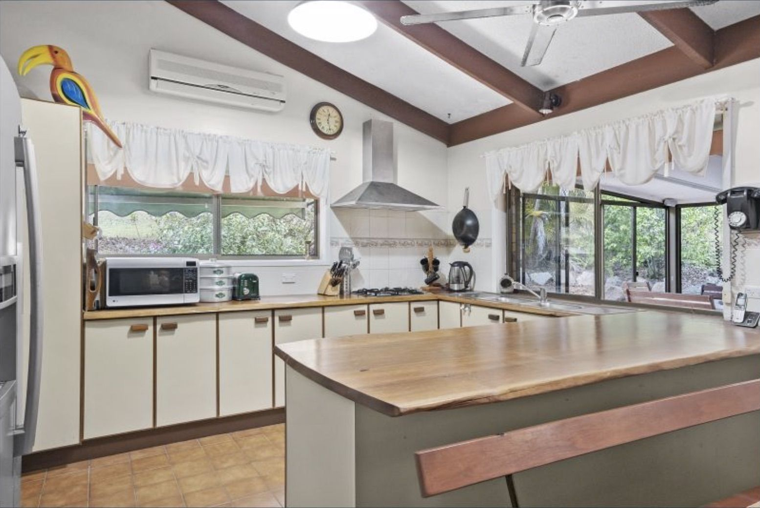 25 Branch Creek Rd, Clear Mountain QLD 4500, Image 2
