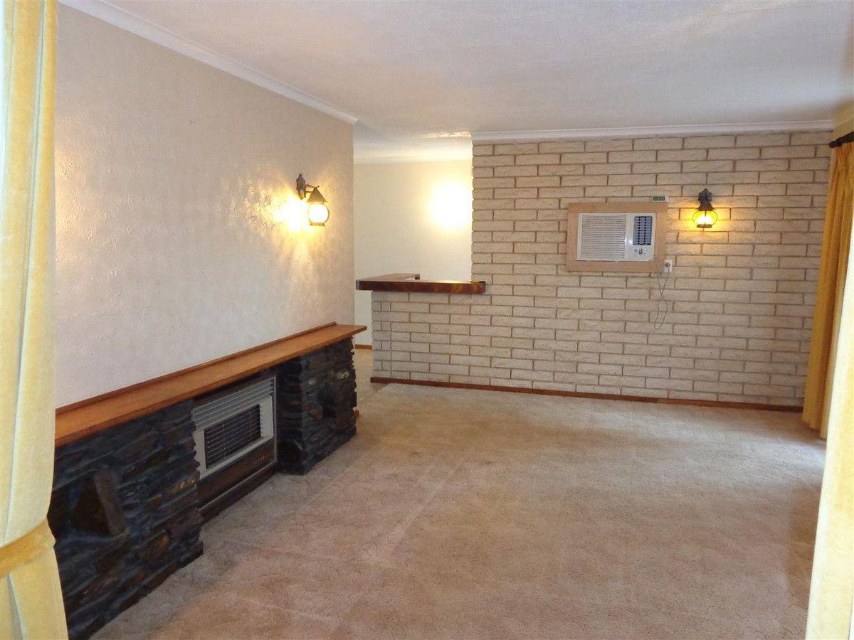 35 Clipper Court, Seaford SA 5169, Image 1