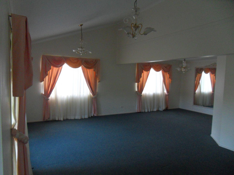 10 Cosme Place, Bridgeman Downs QLD 4035, Image 1