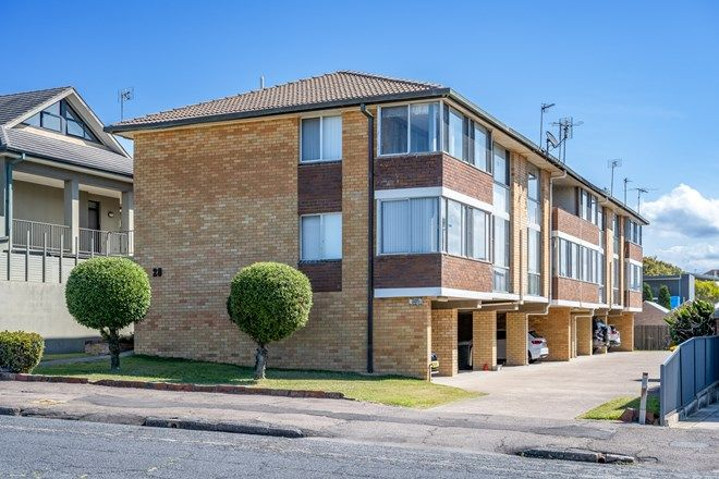 Picture of 4/28 Kilgour Avenue, MEREWETHER NSW 2291