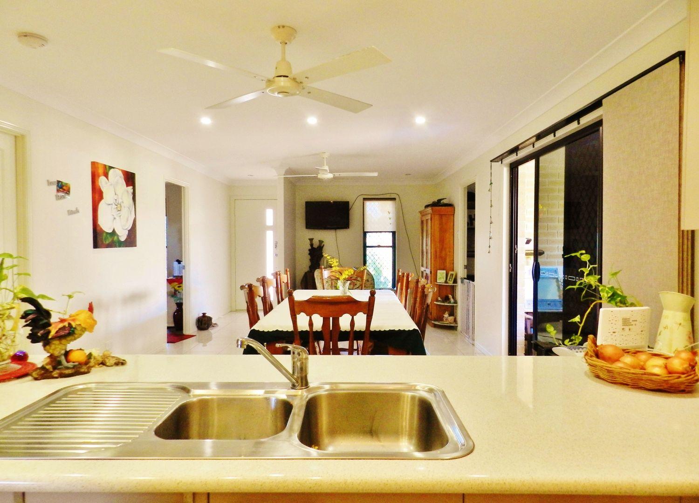 10 Trochus Avenue, Zilzie QLD 4710, Image 2