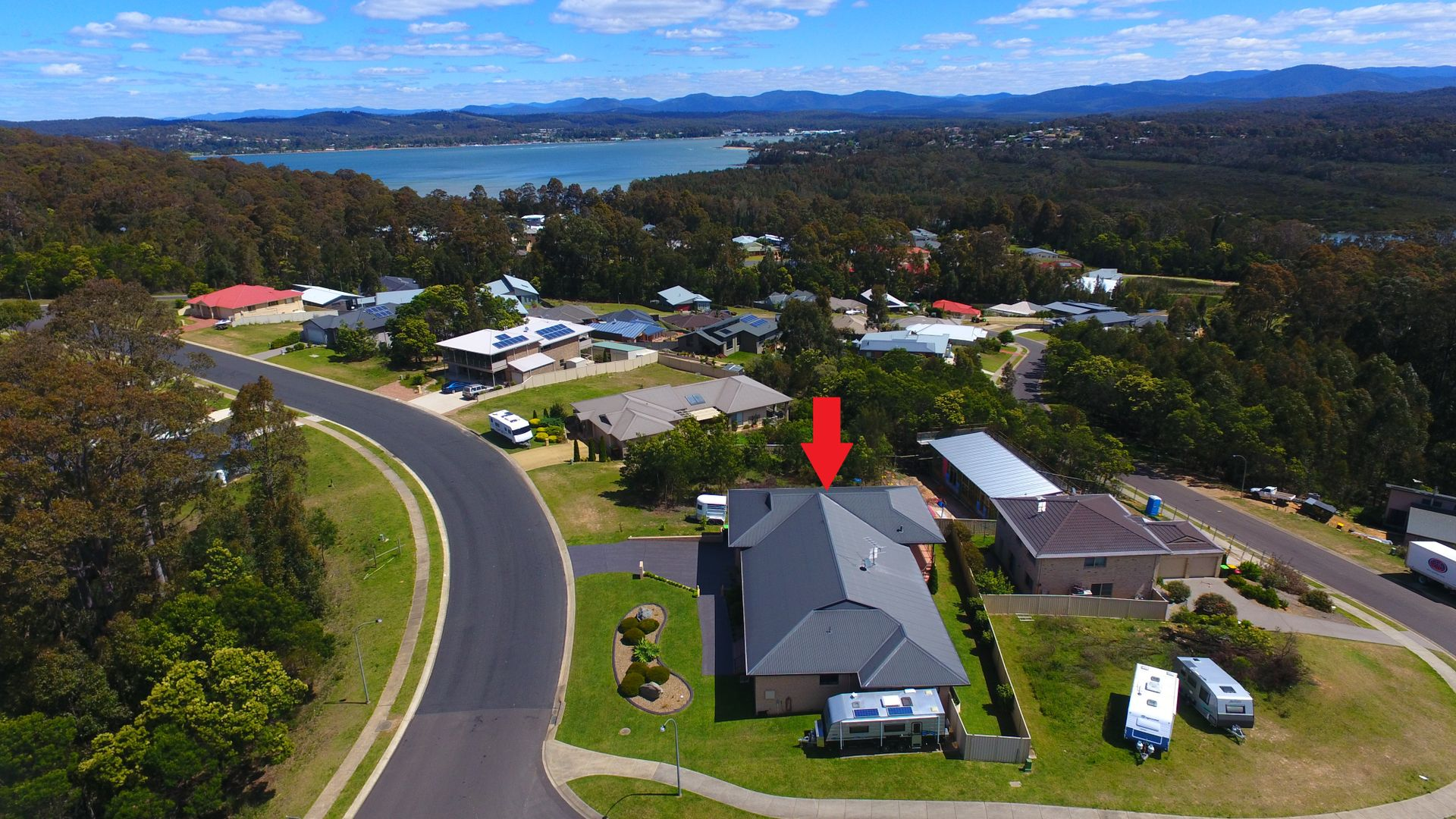 2 Broomfield Crescent, Long Beach NSW 2536, Image 2