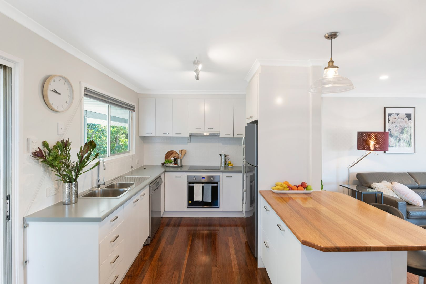 29 Radford Road, Manly West QLD 4179, Image 2
