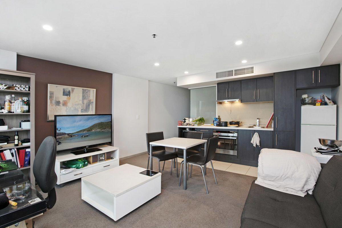 704/104 North Terrace, Adelaide SA 5000, Image 1