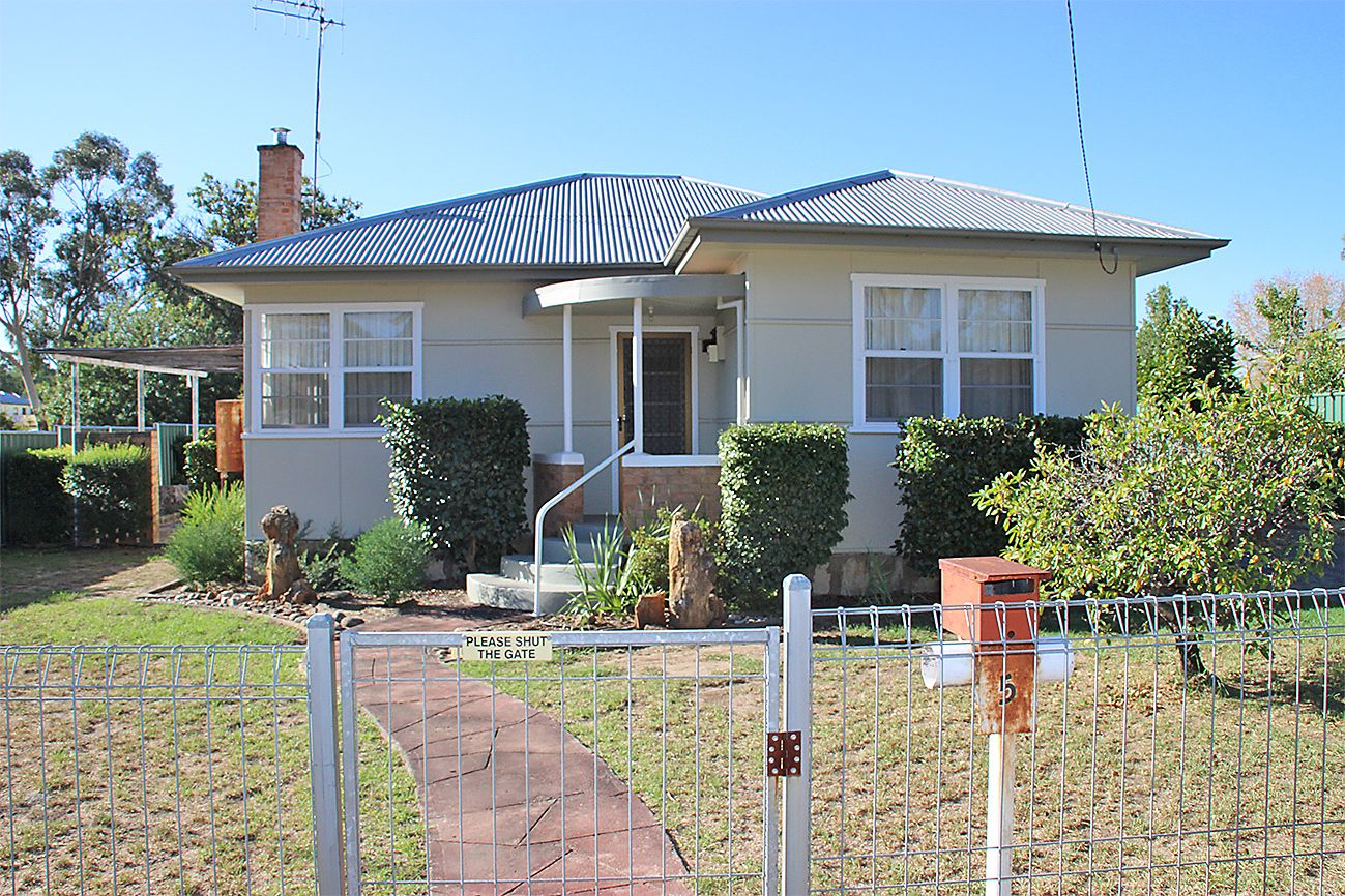 5 GORDON, Coonabarabran NSW 2357, Image 0