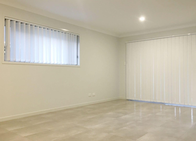 9 Panama Street, Pimpama QLD 4209, Image 2