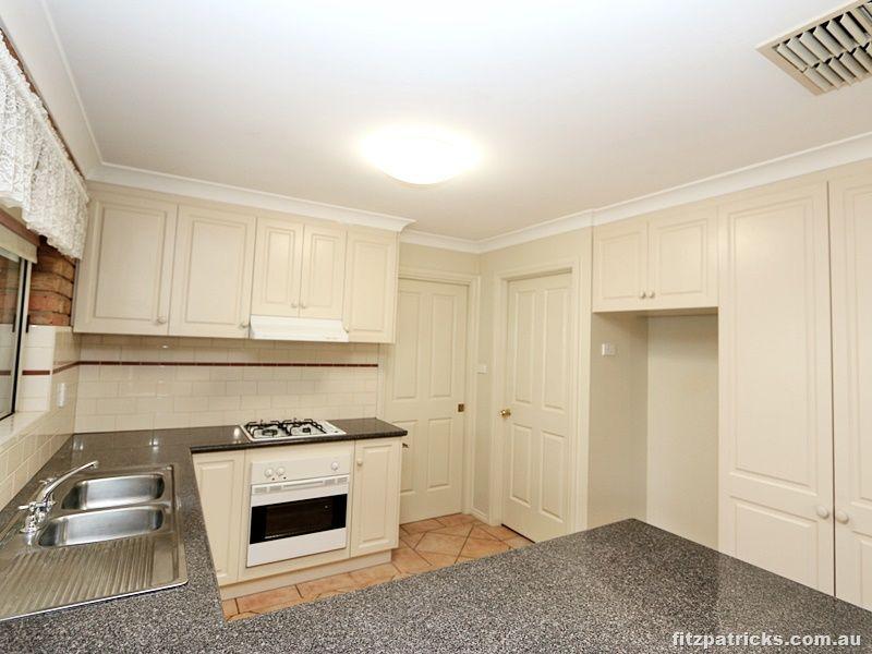 2/28 Kilpatrick Street, Kooringal NSW 2650, Image 1