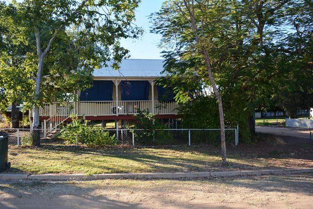 15 Clematis Street, Blackall QLD 4472, Image 0