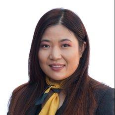 Julia Cao, Sales Executive