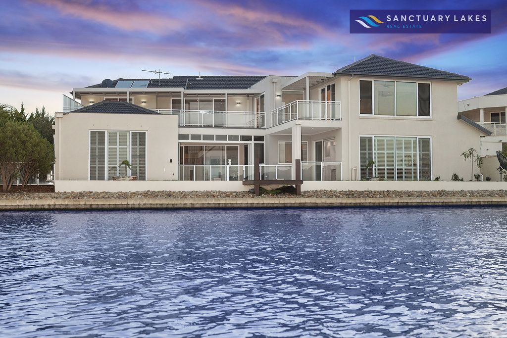 5 Heron Way, Sanctuary Lakes VIC 3030, Image 0