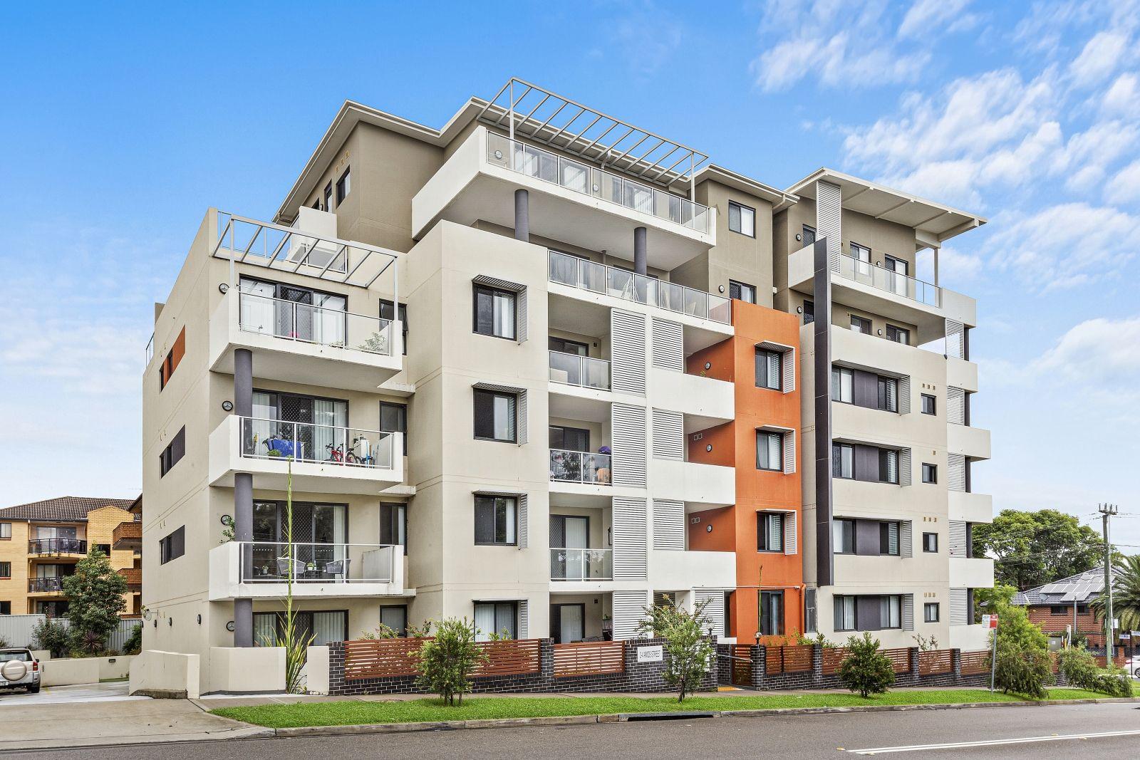 303/2-4 Amos St, Parramatta NSW 2150, Image 0