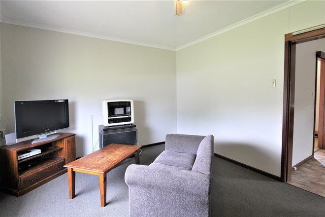Picture of 6 Bellbird Street, COLEAMBALLY NSW 2707