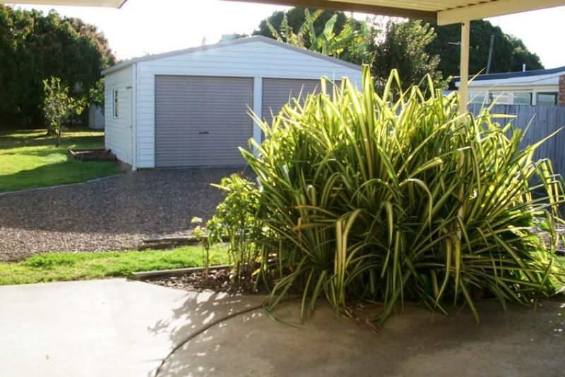 122A Esplanade, Point Vernon QLD 4655, Image 2