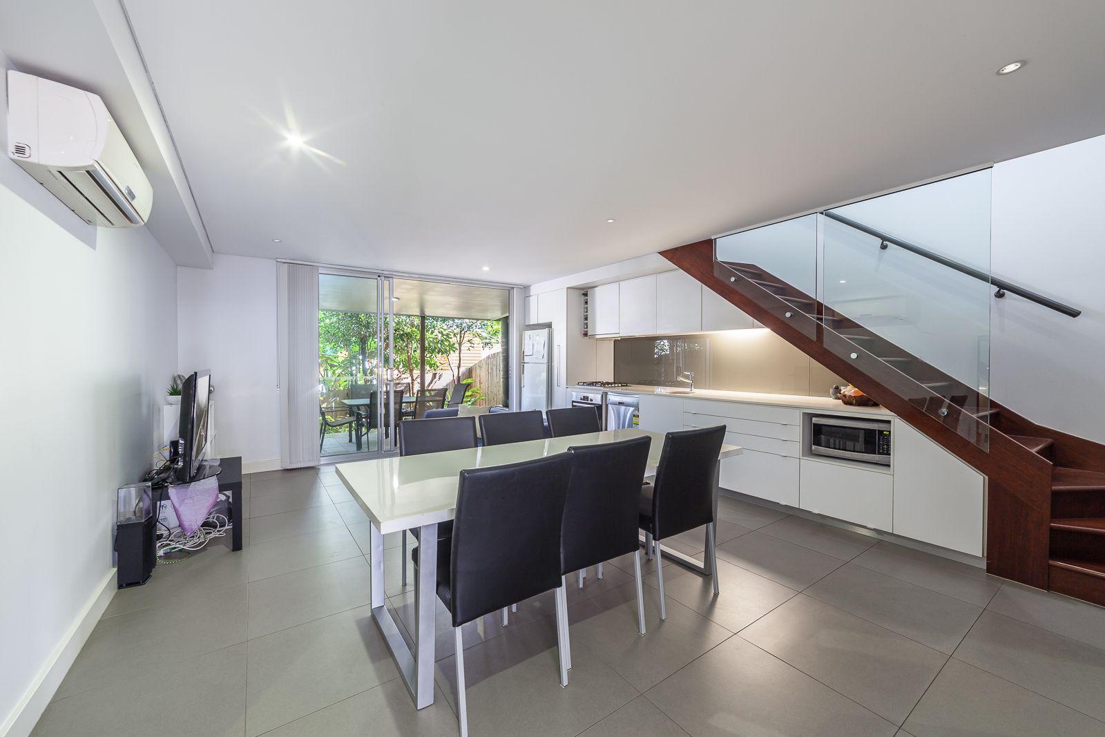 4/165 Gladstone Road, Highgate Hill QLD 4101, Image 2