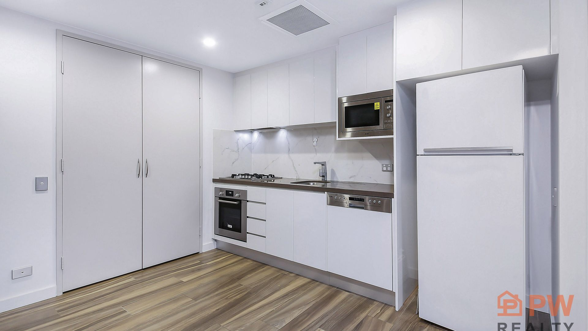 402/60 Rosebery Avenue, Rosebery NSW 2018, Image 2