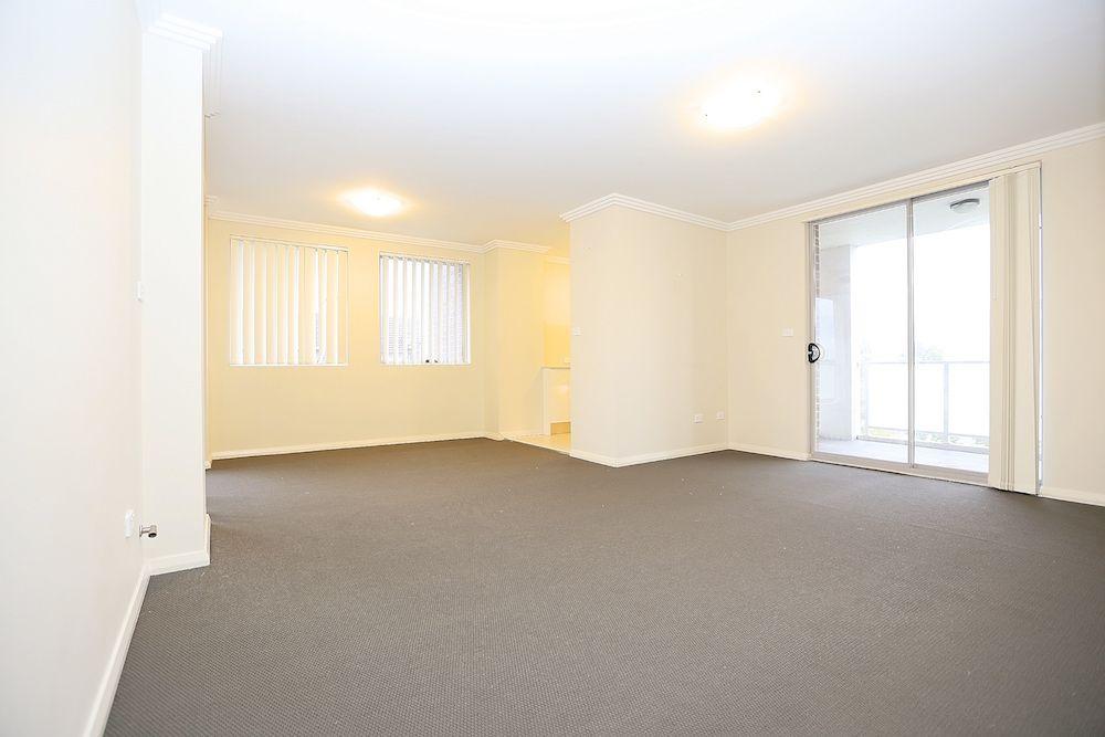 15/96 Nuwarra Road, Moorebank NSW 2170, Image 2