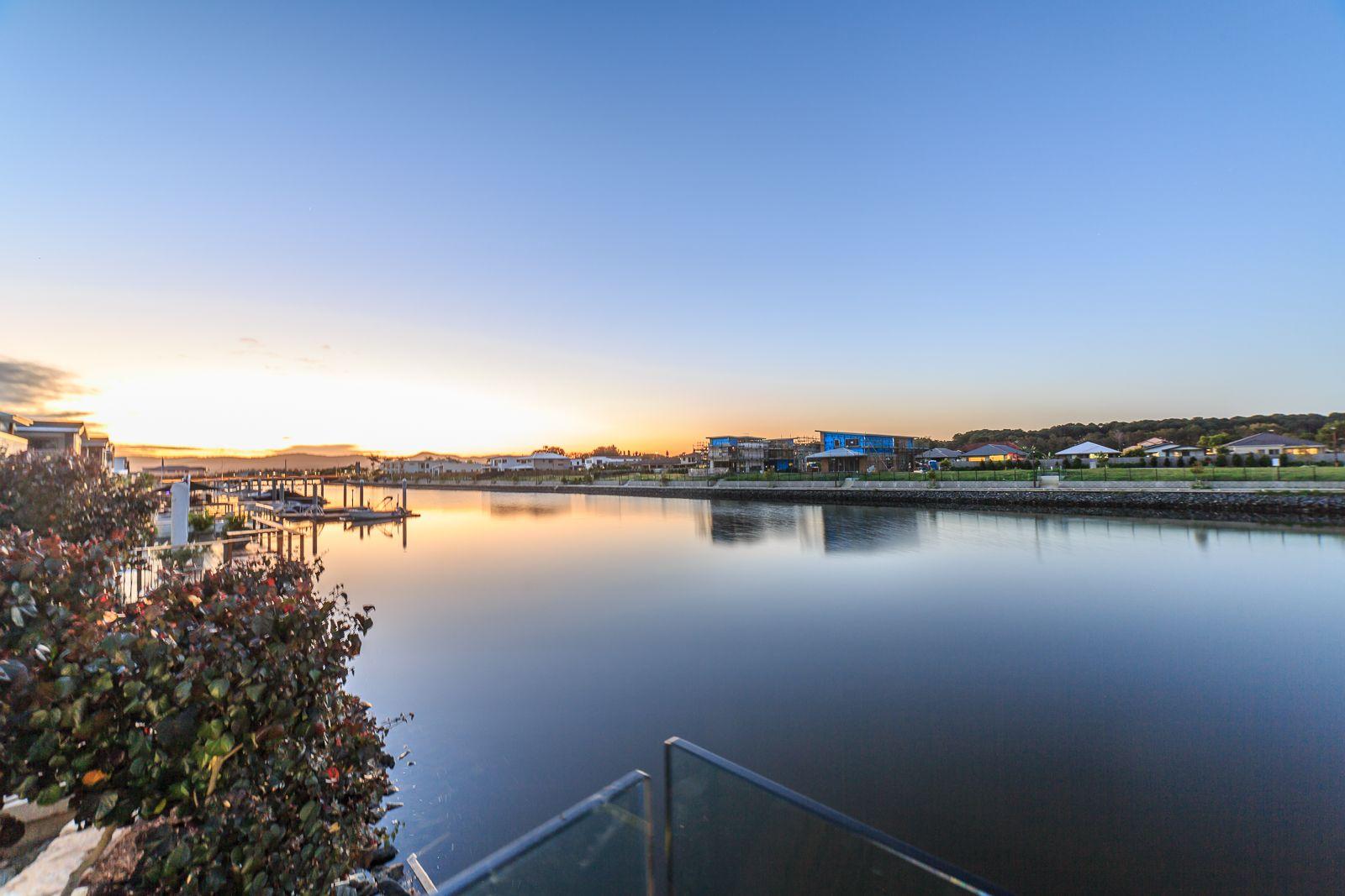 2 Northwater Drive, Hope Island QLD 4212, Image 2