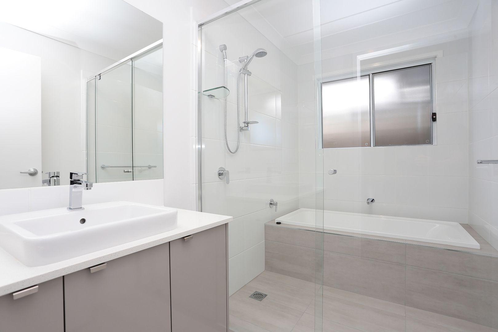 96 Almandin Street, Logan Reserve QLD 4133, Image 2