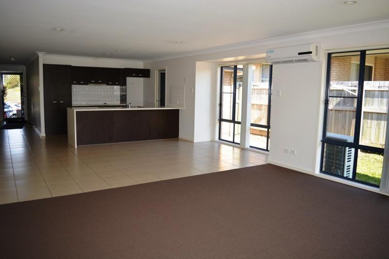 5 Eeles Drive, Morayfield QLD 4506, Image 2