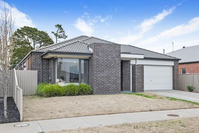 Picture of 26 Neway Avenue, DELACOMBE VIC 3356