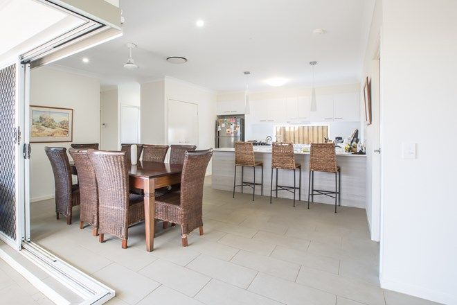 Picture of 12 Halyard Crescent, HOPE ISLAND QLD 4212