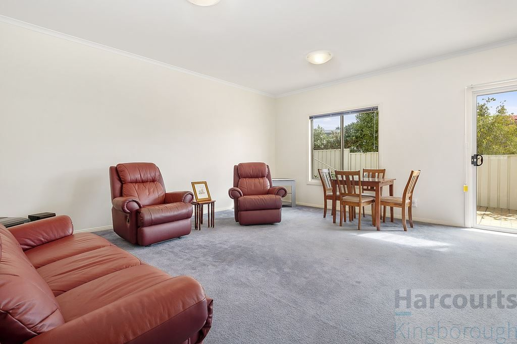 3/190 Roslyn Avenue, Blackmans Bay TAS 7052, Image 2
